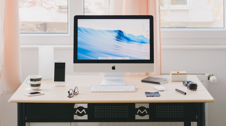 personal-desk-picture